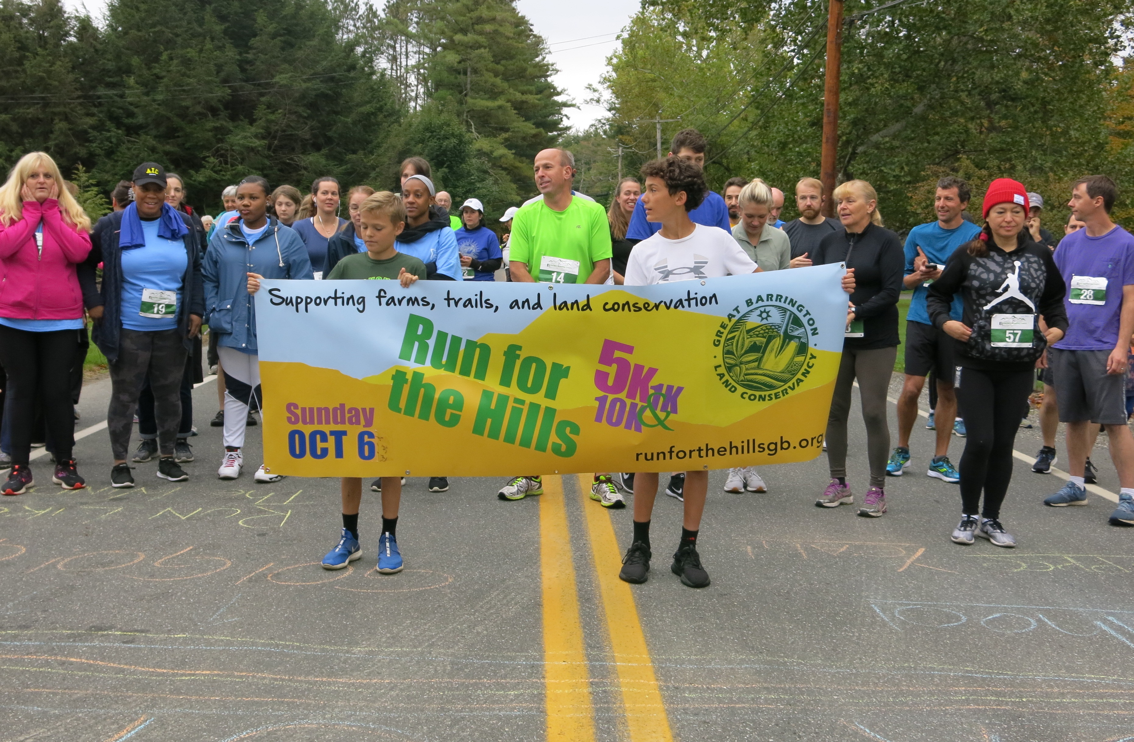 2019 Run for the Hills 5K starting line (photo by T. Mack)